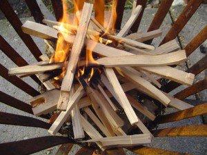 aardman begin brand in vuurkorf