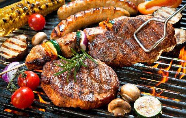 vlees op de barbecue